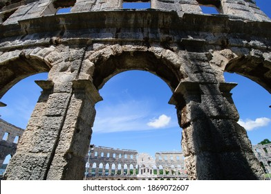 wideangle shot of coliseum in pula