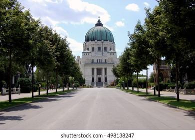 WIENER ZENTRALFRIEDHOF in vienna Austria.