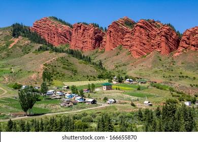 """Wierd rock formation """"Seven bulls"""" in Jety-Oguz, Kirghizia"""