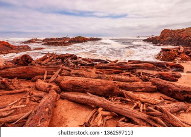 Wild and desolate coastline at , The Edge of the World.Longest uninterrupted expanse of ocean on earth. Gardiners Point,South of the Arthur River . North  West Coast of Tasmania ,Australia.
