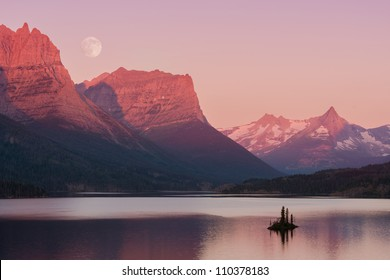 Wild Goose Island on Saint Mary Lake in Glacier National Park, Montana