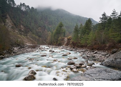 Wild himalayan river