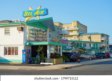 WILDWOOD CREST, NJ -21 JUL 2020- View of a Doo Wop motel, with classic space-age motel architecture from the 1950s and 1960s, located in Wildwood Crest, on the New Jersey shore.