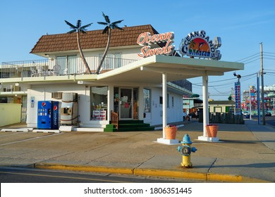 WILDWOOD, NJ -21 JUL 2020- View of a Doo Wop style motel located in the Wildwoods Shore Resort Historic District in New Jersey, United States.