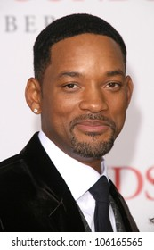 Will Smith at the Los Angeles Premiere of 'Seven Pounds'. Mann Village Theatre, Westwood, CA. 12-16-08