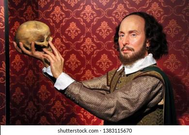 William Shakespeare wax figures in Madame Tussauds museum in Berlin, Germany - 20/04/2019