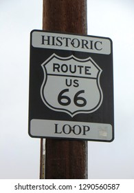 """Williams (Arizona, USA), January 2019 - Road Sign """"Historic US Route 66 Loop"""" in the little town Williams on Route 66"""