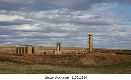 WILLISTON, NORTH DAKOTA - MAY 3:  Oil refinery is shown on May 3, 2010 near Williston, North Dakota. Oil discoveries in the Bakken Formation have led to rapid industrial development and job creation