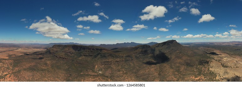 Wilpena Pound, FLinders Ranges, South Australia, from light aircraft