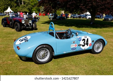 Wilton, Wiltshire / UK - June 7 2015: A 1949 Gordini Type 23S owned by Eddie McGuire racing at the 2015 Wilton House, Classic & Supercar Show with Castrol Edge