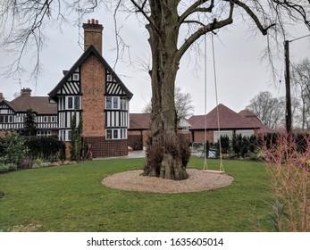 Winchfield Lodge Restored with Ropeswing in Garden