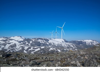 Wind energy - arrangement in the mountains
