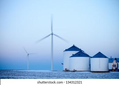 Wind farm on Midwestern plains.