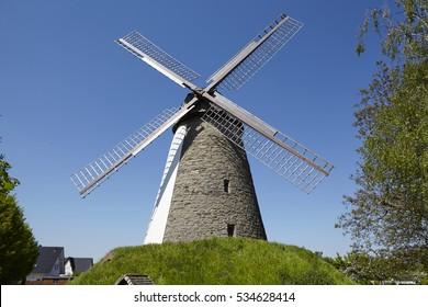 The windmill Duetzen (Minden, Germany) is part of the Westphalia Mill Street (Westfaelische Muehlenstrasse) and called Hummelbecker Mill.
