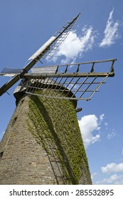 The windmill Seelenfeld (Petershagen, Germany) is a dutch type of windmill and is part of the Westphalia Mill Street (Westfaelische Muehlenstrasse).