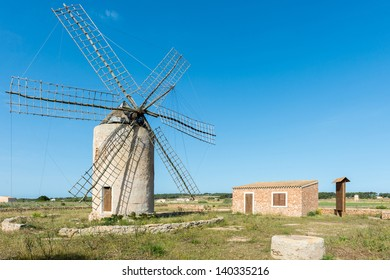 Windmill Simon Formentera 1893 Made Out Of Whitewashed Rubblework The Top Floor