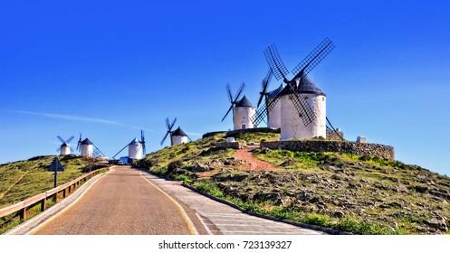 Windmühlen von Consuegra. Spanien. (Los Molinos de Viento de Consuegra).
