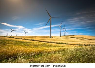 Windmühlen für die Stromerzeugung