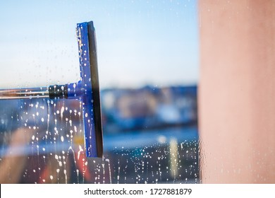 Man Cleaning Glass Building Images, Stock Photos & Vectors | Shutterstock