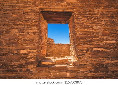 Window at Pueblo Bonito in Chaco Culture National Historical Park in New Mexico, USA. This settlement was inhabited by Ancestral Puebloans, or the Anasazi in prehistoric America.