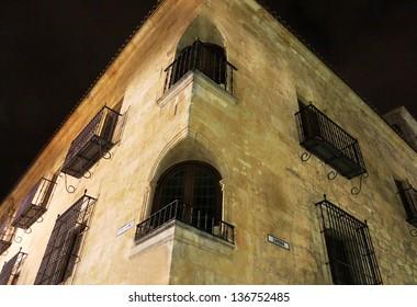 Windows in the corner. Salamanca. Spain