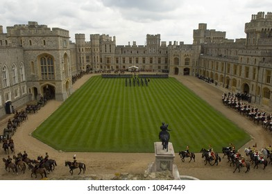 Windsor 26th March 2008 French State visit , Presidet of French  Republique , Mr and Mrs Sarkozy  met by the Queen and Duke of  Edinburgh at Windsor Castle