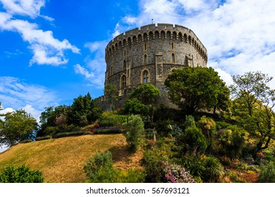 Windsor Castle with blue sky and green tree