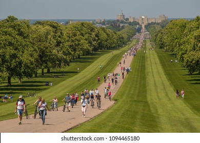 Windsor, England - May 19th 2018. Crowds gathering at Windsor for the Royal Wedding