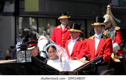 Windsor, Uk - 19/5/2018: Prince Harry and Meghan Markle wedding procession through streets of Windsor then back the Windsor Castle waving to crowd