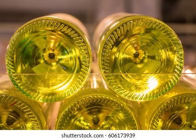 Wine bottles' bottoms