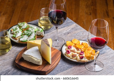 wine and cheese snacks