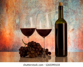 Wine and fresh grapes