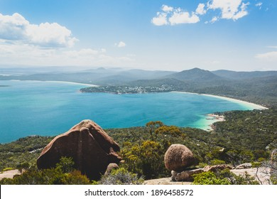 Wine Glass Bay Lookout in Freycinet National Park