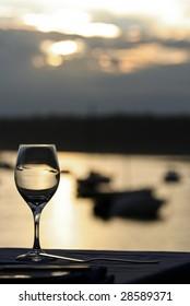 wine glass setting