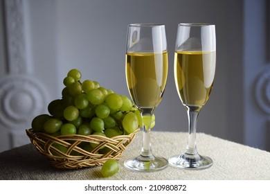 Wine glass, with white wine