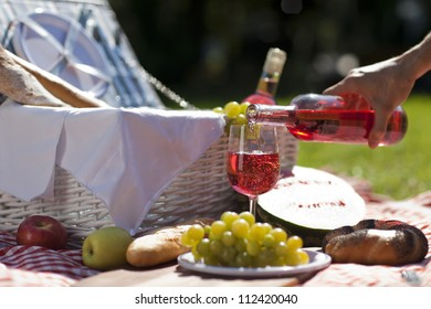 Wine and picnic!