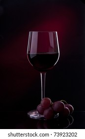 wine red alcohol bottle splashing wineglass drink