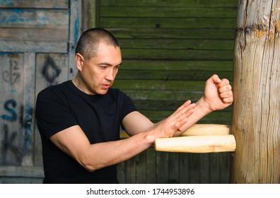 Wing Chun-martial art, martial arts, fighter, training, Wooden Dummy