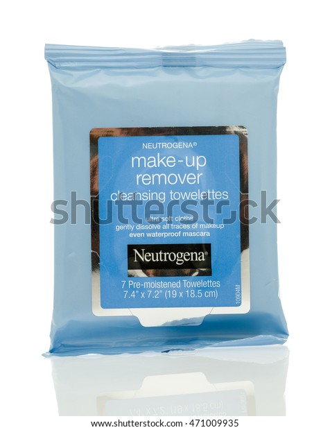Winneconne, WI - 14 August 2016:  Package of Neutrogena make-up remover cleansing towelettes on an isolated background.