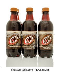 Winneconne, WI - 16 March 2016: Six pack of A&W root beer on an isolated background.
