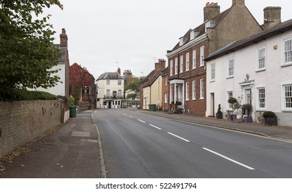Winslow, Buckinghamshire, United Kingdom, October 25, 2016: The George pub and Brook Hall Cookery School on A413 on grey chilly morning.