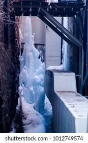 Winter Alley Iceberg