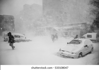 Winter disaster in a city