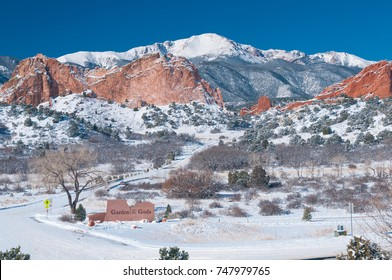 Winter at Garden of the Gods with Pikes Peak