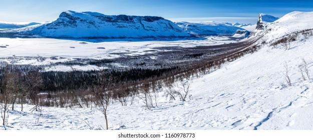Winter hiking on the Kungsleden in Sweden - Sarek