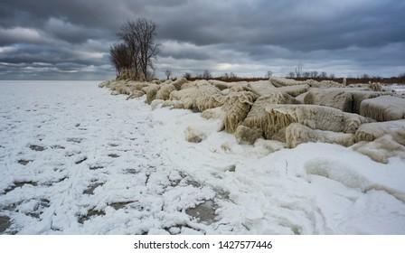 Winter Isolation Along Lake Erie Lakeshore