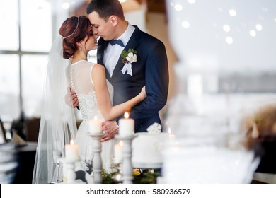 winter luxury wedding dinner with bride and groom
