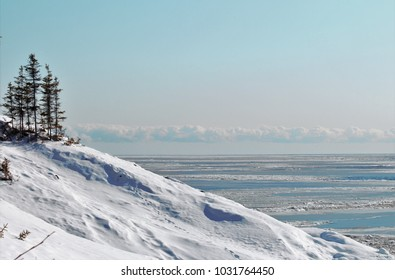 Winter near the Saint-Laurent river