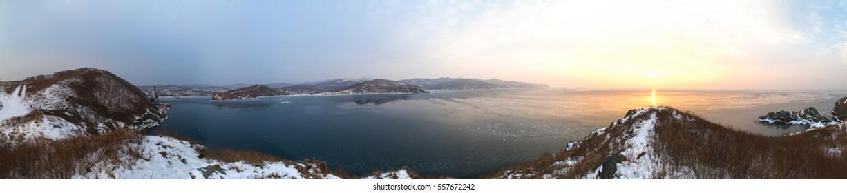 Winter ocean panorama