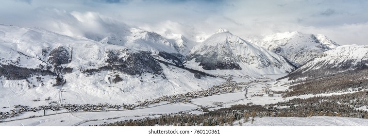 Winter panorama of Livigno charming village in Lombardy, Italy.
